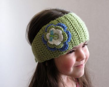 crochet-ear-warmer-headband-1