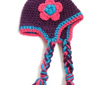 crochet-ear-flap-hat-braids