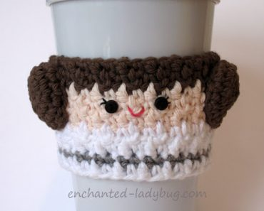 crochet-princess-leia-cozy-w