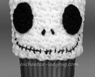 crochet-jack-skellington-cozy-1w