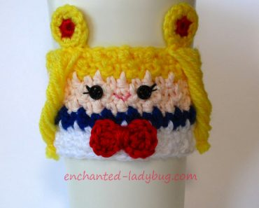 crochet-sailor-moon-cozy-w