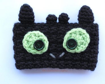 crochet-toothless-dragon-cozy-w