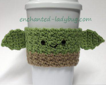 crochet-yoda-cozy-w