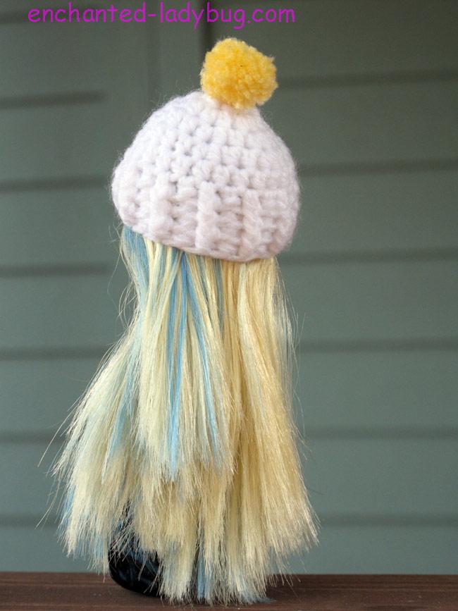 Free Crochet Monster High Doll Pom Pom Hat Pattern