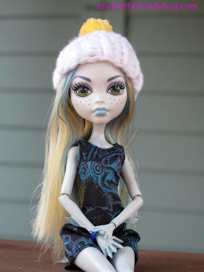 Free Crochet Monster High Doll Pom Pom Hat Pattern