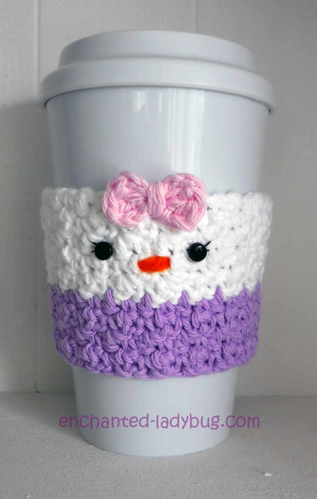 Free Crochet Daisy Duck Coffee Cup Cozy Pattern