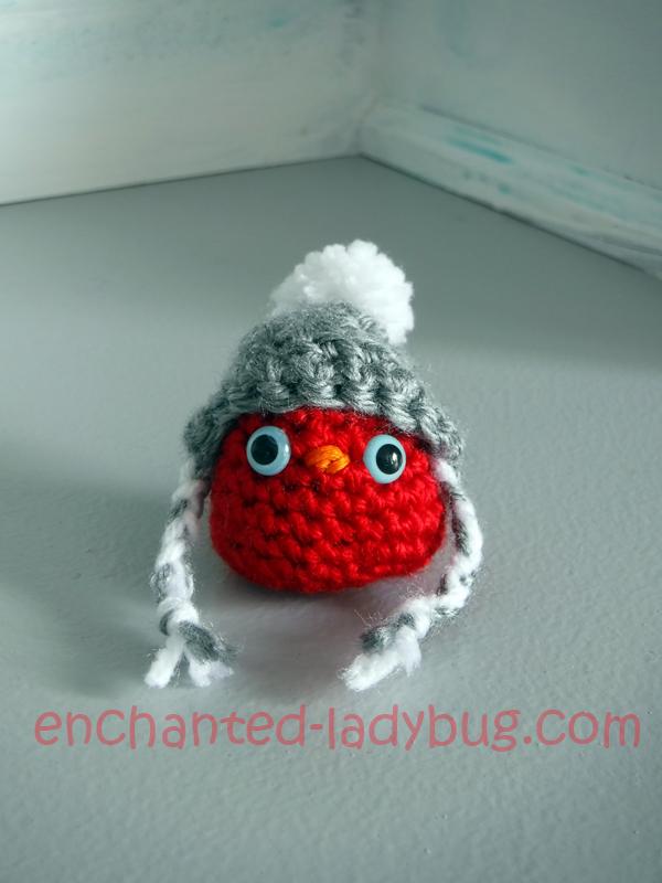 Free Crochet Amigurumi Winter Snow Cat and Red Bird Buddy Pattern
