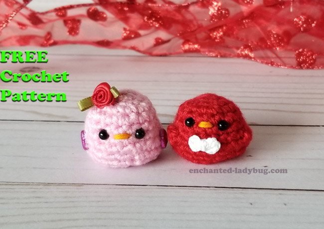 Red Heart George and Hubert Knit Bird | Yarnspirations | 461x650