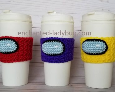 among_us_crochet_cup_cozy